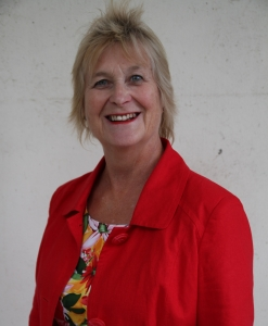 Dr Christine Puckering